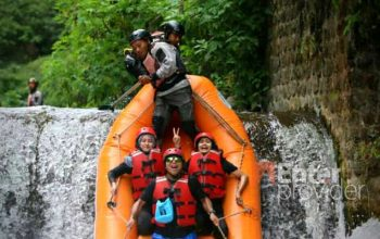 Tos Rafting Pacet