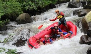 Tos Rafting Pacet