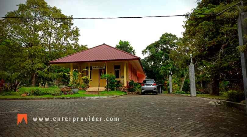 Villa Omah Emak Trawas
